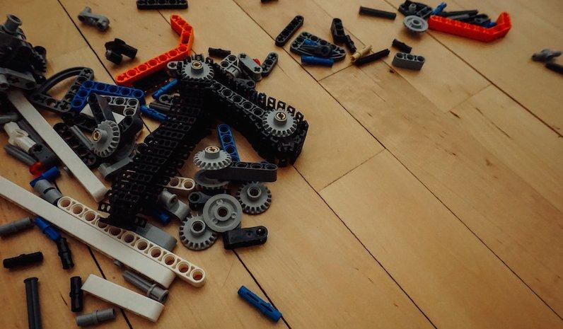 Im Wirwarr der Floskeln: Arbeitszeugnisse und was sie wirklich aussagen